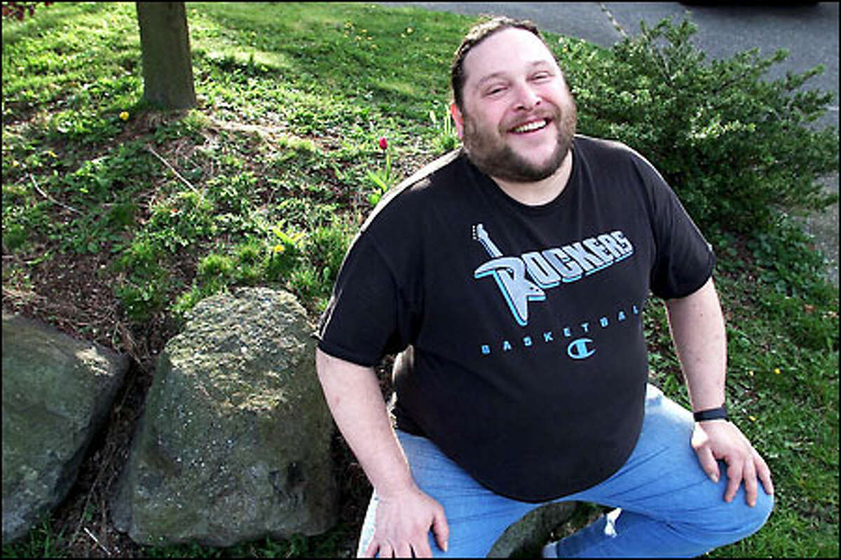 Ben Schroeter received $500 from telemarketer DHS Enterprises in Ohio.