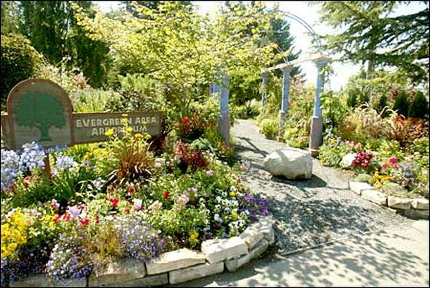 Everett 39 S Once Secret Garden Is A Treasure