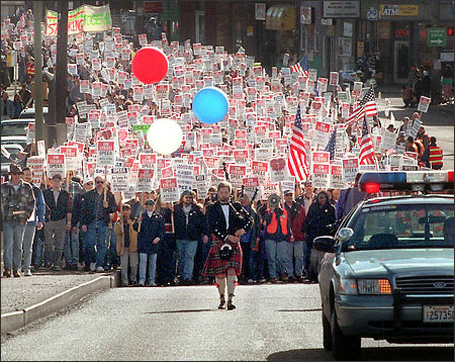 """SPEEA strengthened its ties with organized labor in its last strike, author Nelson Lichtenstein says. """"They are acting like a trade union these days."""" Photo: Grant M. Haller/Seattle Post-Intelligencer"""