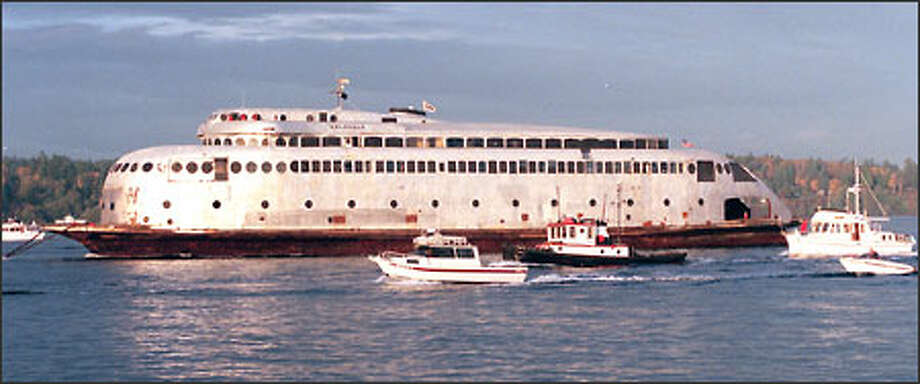 As the art deco boat's eviction from her Lake Union berth draws near, the old ferry Kalakala still has no holiday-spirited benefactor coming forth. . Photo: Phil H. Webber/Seattle Post-Intelligencer