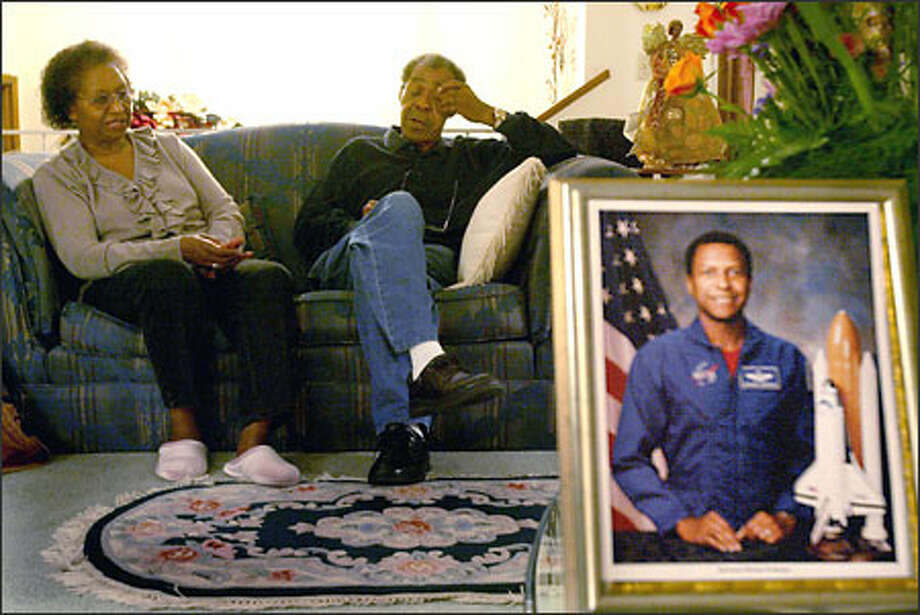 Barbara and Bobbie Anderson talk about their son Michael, from their Spokane home, who was one of the astronauts killed in the Space Shuttle Columbia Saturday morning. Photo: Scott Eklund/Seattle Post-Intelligencer