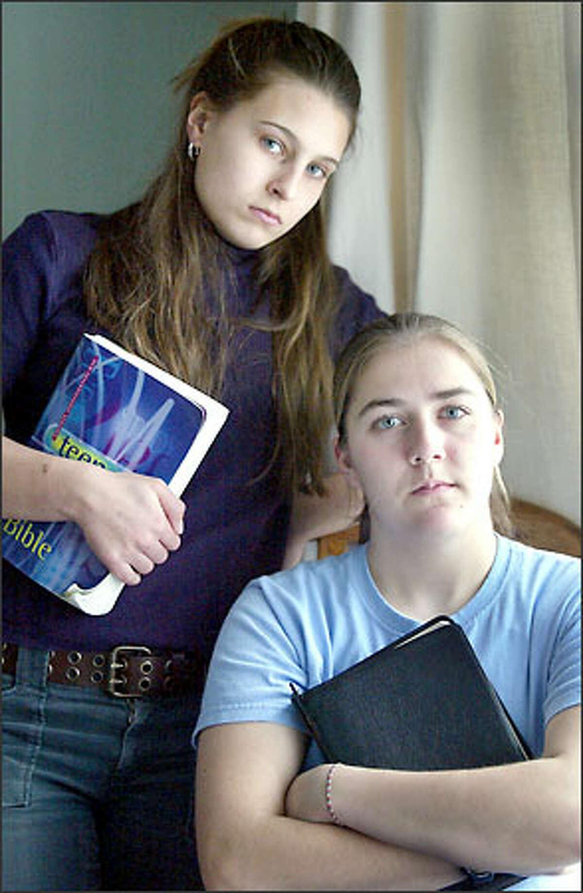 Kentridge High students Sarice Undis, left, and Julianne Stewart, contest the ban.