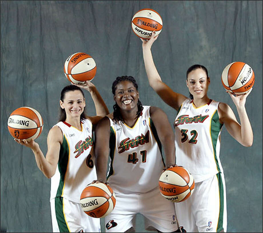 Sandy Brondello, from left, Alisa Burras and Adia Barnes are expected to play key roles when the Storm tips off its fourth season tomorrow in Houston. Photo: Karen Ducey/Seattle Post-Intelligencer