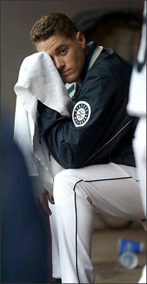 Mariners starter Gil Meche coasted until the seventh inning, when the Royals made him sweat. Photo: Karen Ducey/Seattle Post-Intelligencer