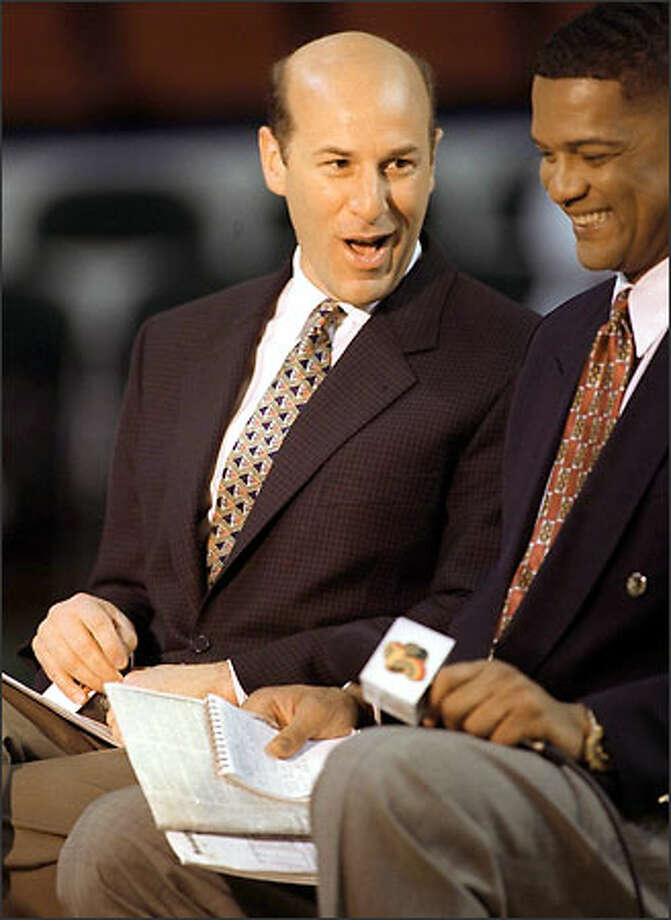 Kevin Calabro spurned other offers and will call Sonics games for five more years. Photo: / P-I File