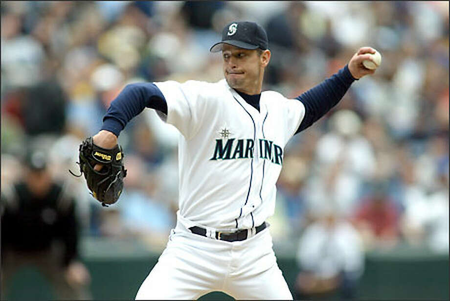 Jamie Moyer worked eight strong innings. Photo: David Bitton/Seattle Post-Intelligencer
