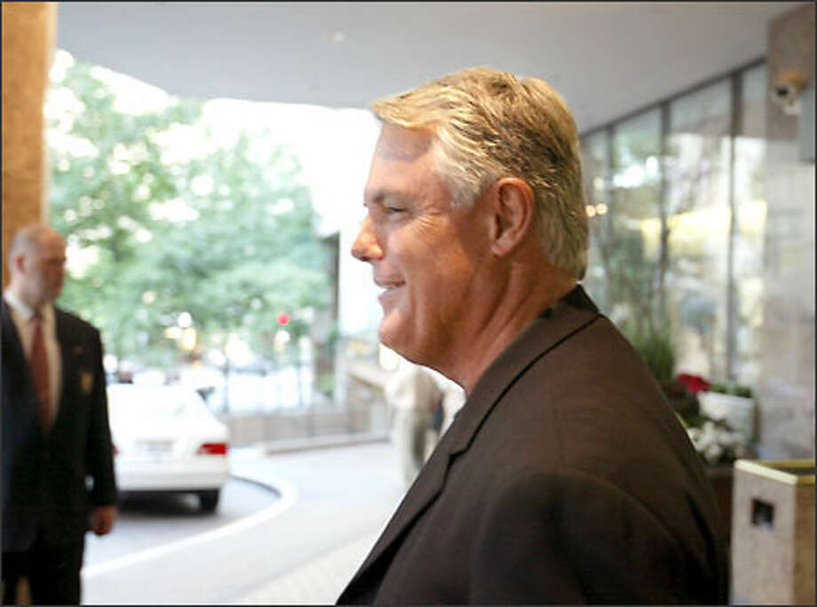 Former Mariners manager Lou Piniella is in Seattle for the first time as skipper of the Tampa Bay Devil Rays. Piniella has mixed feelings about his return to this city Photo: Scott Eklund/Seattle Post-Intelligencer