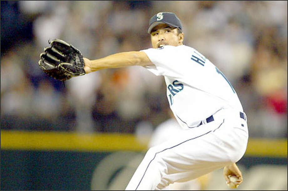 Mariners closer Shigetoshi Hasegawa retired the Devil Rays in order in the ninth inning to earn his fifth save of the season. Hasegawa preserved starter Jamie Moyer's 12th victory. Photo: David Bitton/Seattle Post-Intelligencer