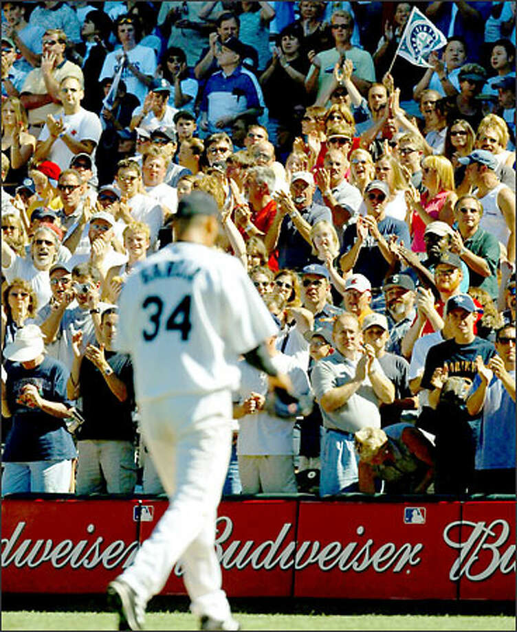 Freddy Garcia allowed only a solo home run, and retired 17 consecutive Red Sox during the Mariners' 3-1 victory. Photo: MERYL SCHENKER/P-I