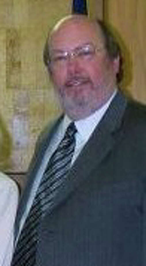Photo of Judge Britt Plunk courtesy of the Hardin County website