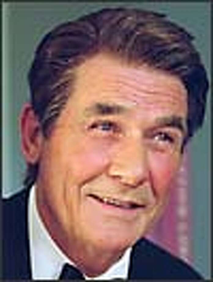 James Brolin plays Ronald Reagan. / ©2003 CBS Worldwide Inc. All Rights Reserved