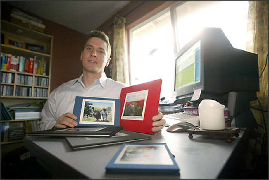Chris Hickman is building SharedInk without the help of venture capital. The Duvall start-up helps individuals create customized books for special events. Photo: Phil H. Webber/Seattle Post-Intelligencer