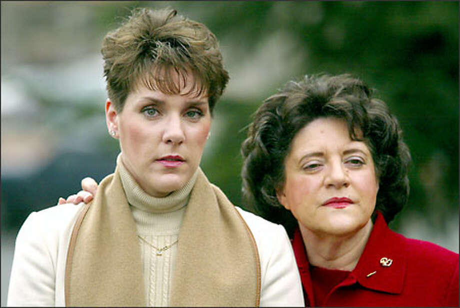 Mary Beth Emert, left, with her mother Betty Schandler, wants closure in the slaying of husband Mike Emert, stabbed to death in 2001 while showing a house in Woodinville. Photo: Paul Joseph Brown/Seattle Post-Intelligencer