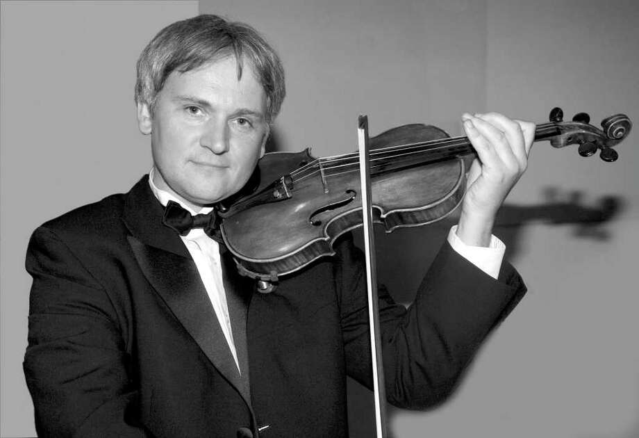 "Krystof Witek, concertmaster of the Greenwich Symphony, ""performed the difficult grace notes with ease"" during his recent performance with the Chamber Players, says Linda Phillips. Photo: Katheen Di Giovanna/Contributed Photo, Contributed Photo / Greenwich Citizen"