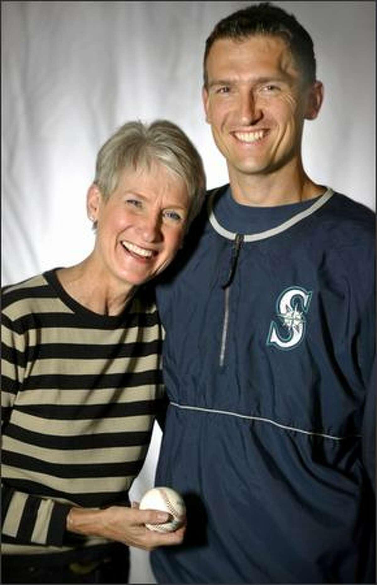 Seattle Mariners first baseman John Olerud and his mother Lynda.