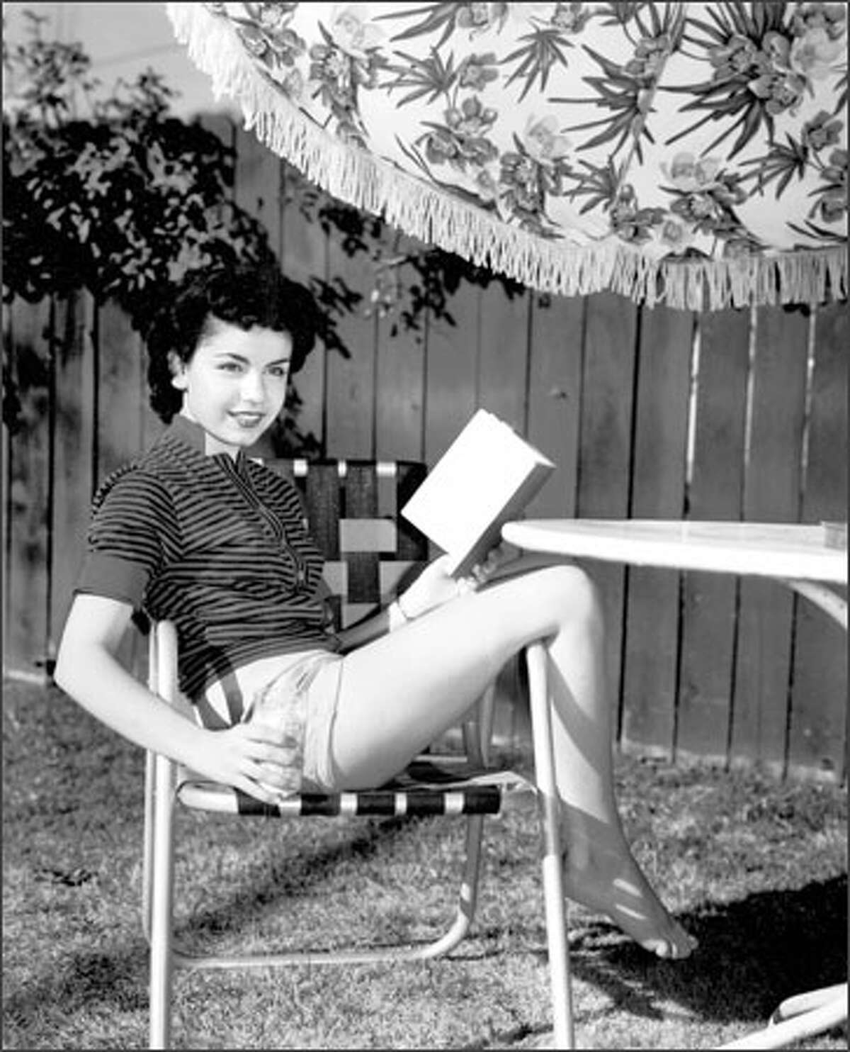 Male baby boomers, long infatuated with the well-endowed Mouseketeer, counted down the seconds to the 18th birthday of Annette Funicello on Oct. 22, 1960.