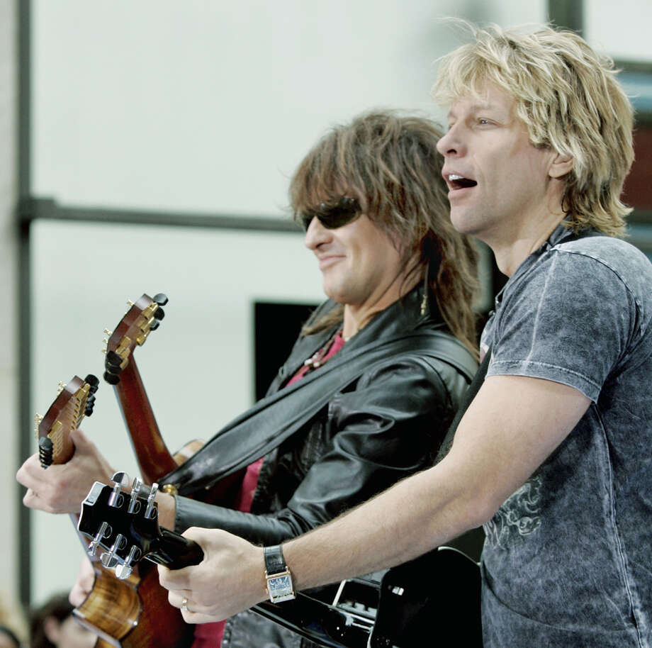 Still looking '80s sexy, Richie Sambora (left) and Jon Bon Jovi perform in 2005. AP