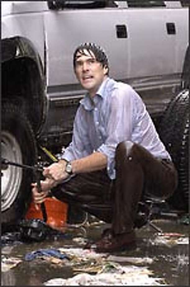 As deadly storm heads toward Chicago, Mitch Benson (Thomas Gibson) races to restore power so the public can be warned. Photo: CBS / ©2004 CBS Broadcasting Inc. All Rights Reserved