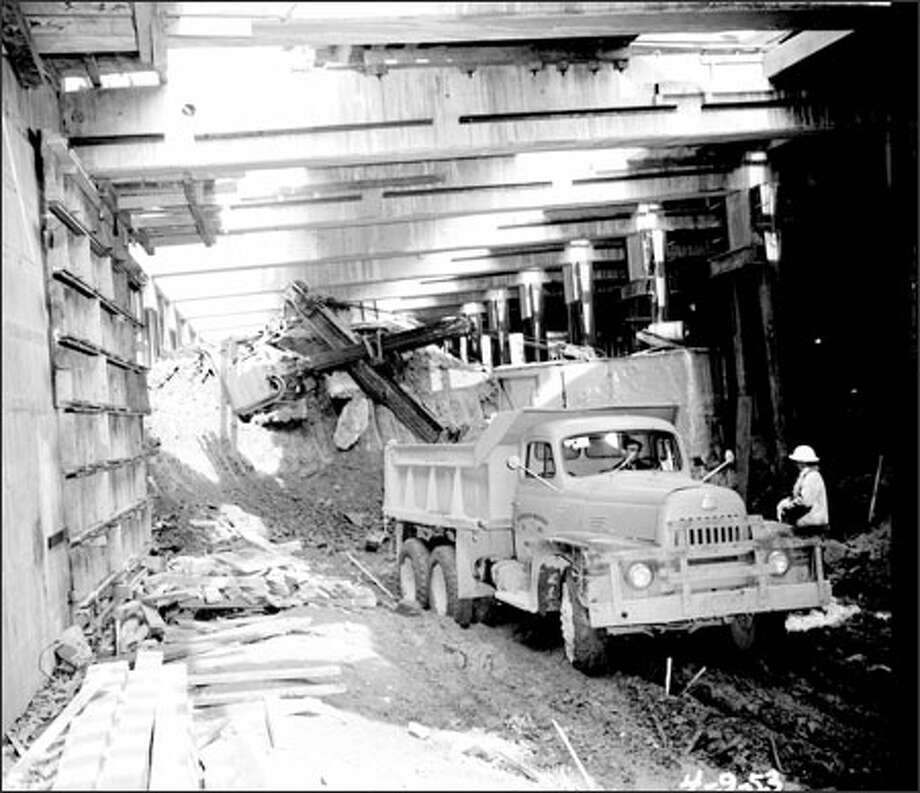 Circa 1953, construction work on the Battery Street Tunnel. Photo: / Seattle Municipal Archives