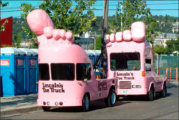 Quid Pro Toe Truck Bon Signs To Get A New Life At Mohai