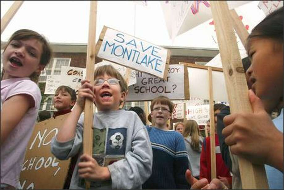 Students and parents from the Montlake Elementary School protest the listing of their school on the Seattle School District's preliminary closure list. Photo: Karen Ducey/Seattle Post-Intelligencer