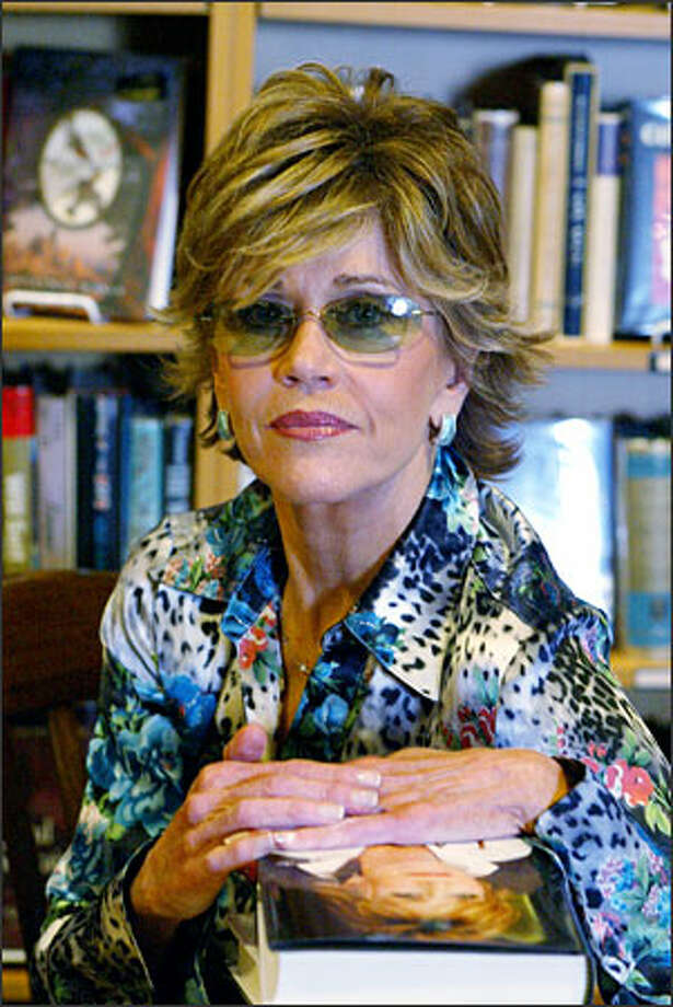 """Jane Fonda at a book signing of her memoir, """"My Life So Far,"""" last night at Third Place Books in Lake Forest Park. Photo: Karen Ducey/Seattle Post-Intelligencer"""