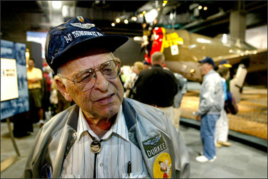 Robert Durkee, 84, of California is one of dozens of P-47 Thunderbolt pilots in Seattle this weekend. Photo: Gilbert W. Arias/Seattle Post-Intelligencer / SEATTLE POST- INTELLIGENCER