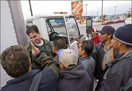 tensions rise  sodo  day laborers crowd sidewalks seattlepicom