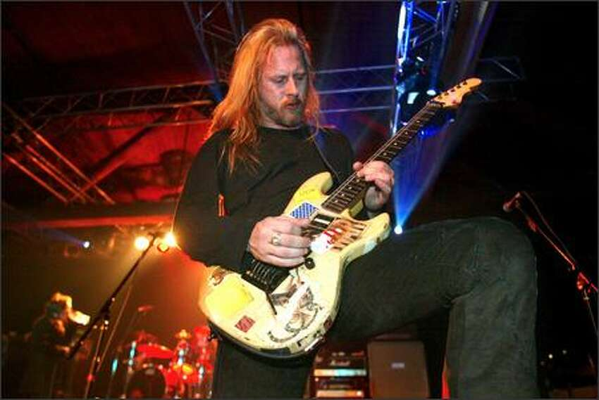 Alice in Chains guitarist Jerry Cantrell performs during the K-Rock Tsunami Continued Care Relief Concert at Premier.