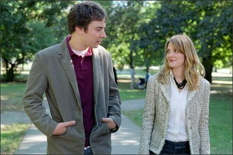 Ben (Jimmy Fallon) and Lindsey (Drew Barrymore) find themselves falling for each other. Photo: Twentieth Century Fox