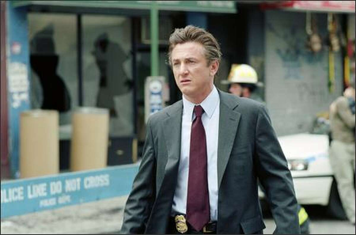 Federal agent Tobin Keller (Sean Penn) is sent to investigate a report of a potential assasination attempt that U.N. interpreter Silvia Broome (Nicole Kidman) overhears. However, he questions her credibility due to a few events in her past.