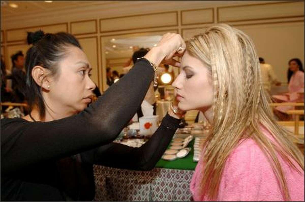 Makeup artist Sitporn
