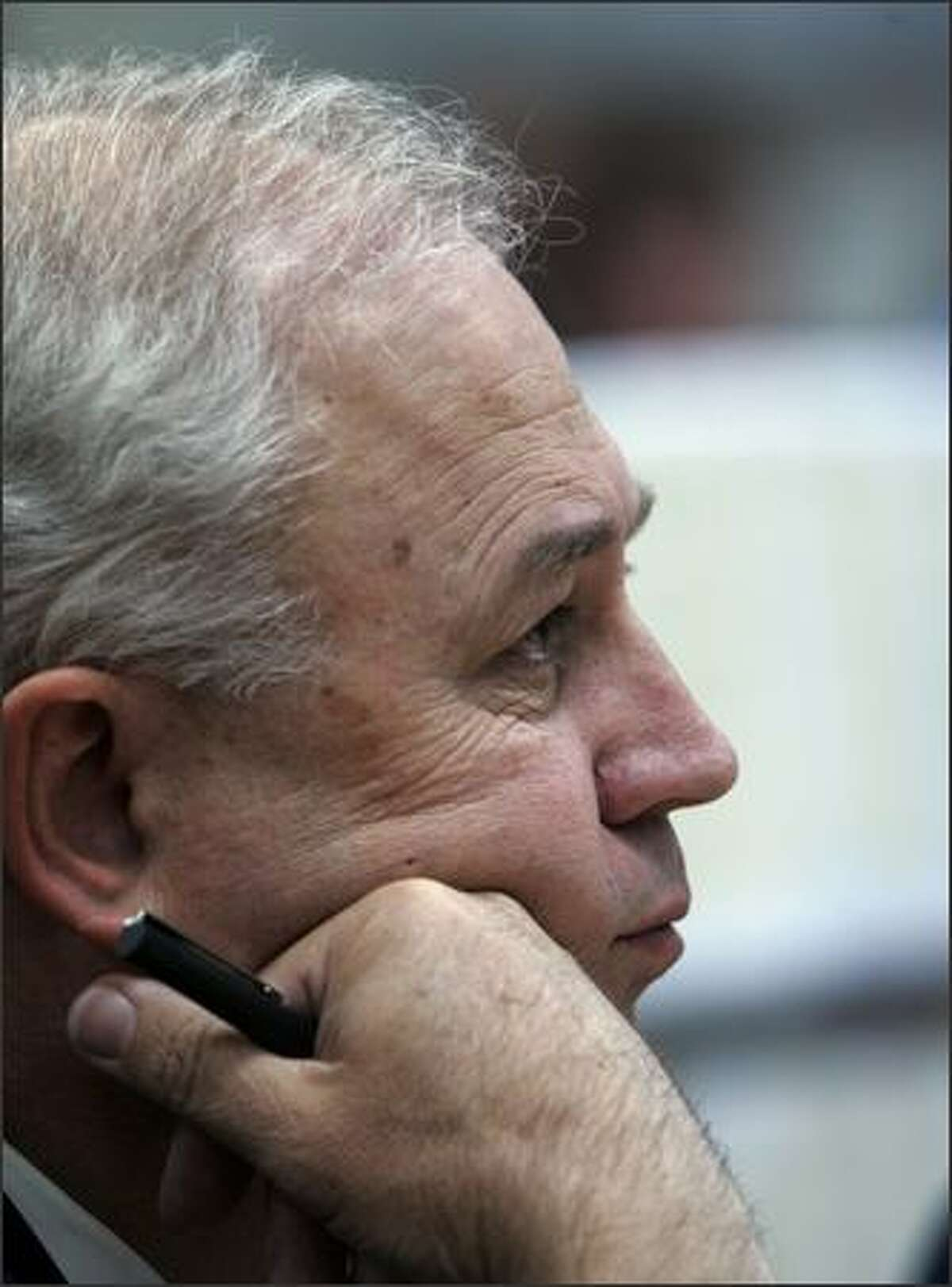 Republican attorney Dale Foreman listens as the verdict in the gubernatorial election challenge trial is read in Chelan County Superior Court. (AP Photo/Elaine Thompson)