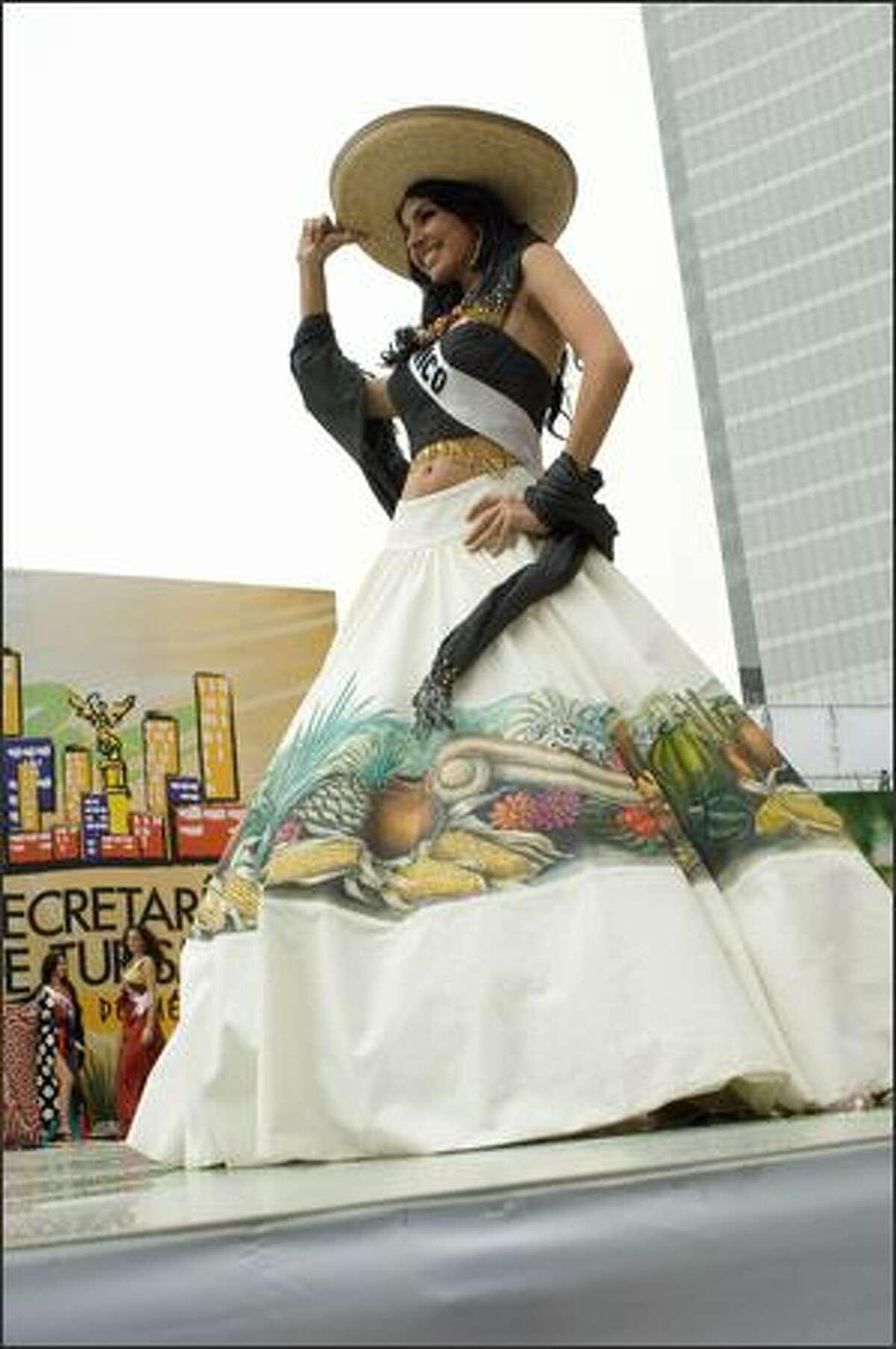 Rosa Maria Ojeda Cuen, Miss Mexico 2007, displays her national costume.