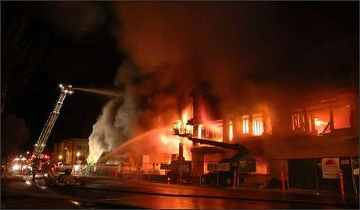 An early morning fire destroyed a nearly completed condominium/retail development in downtown Edmonds.