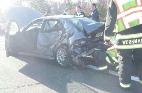 Three-car crash shuts down Merritt Parkway in Westport