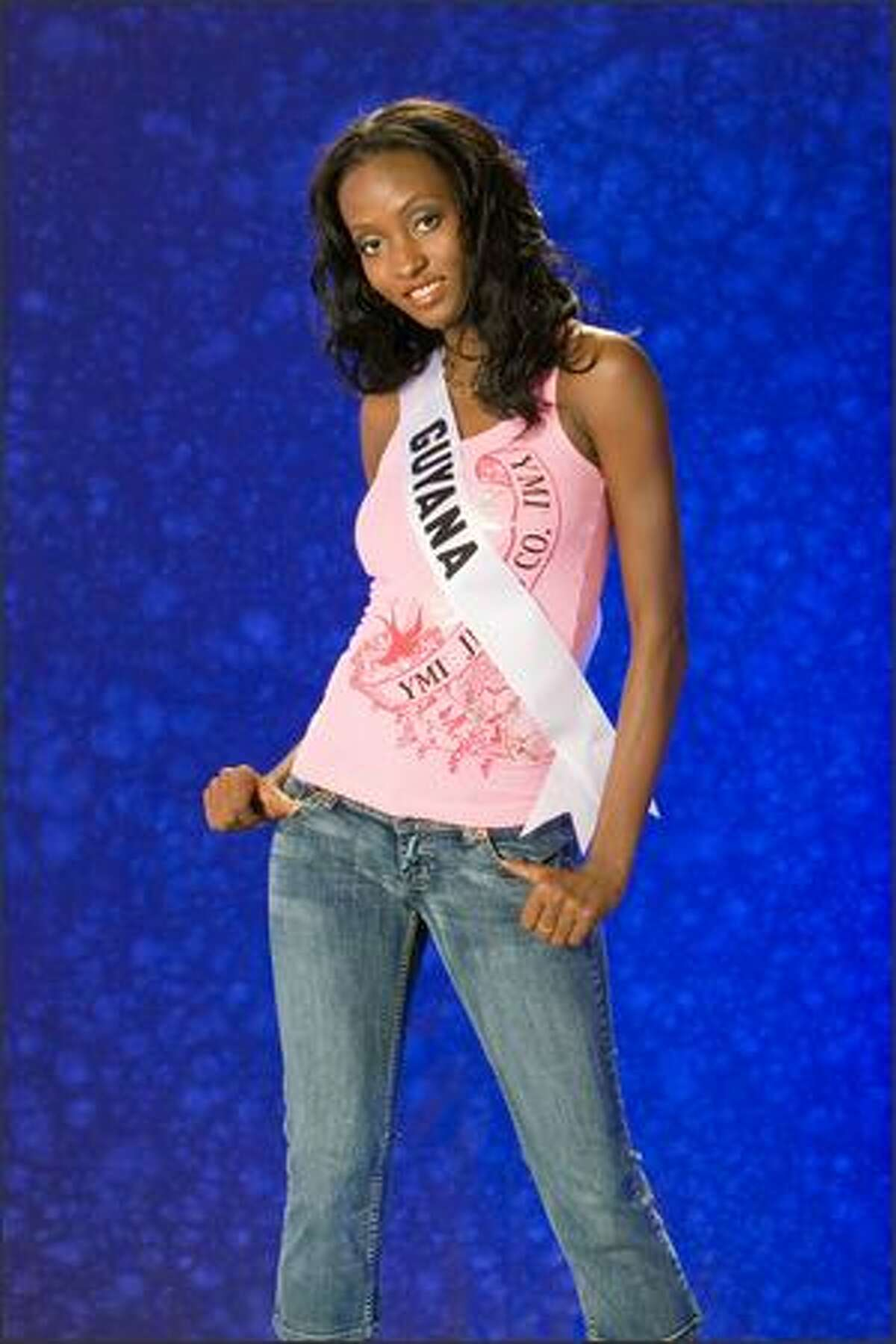 Me Leesa Payne, Miss Guyana 2007.
