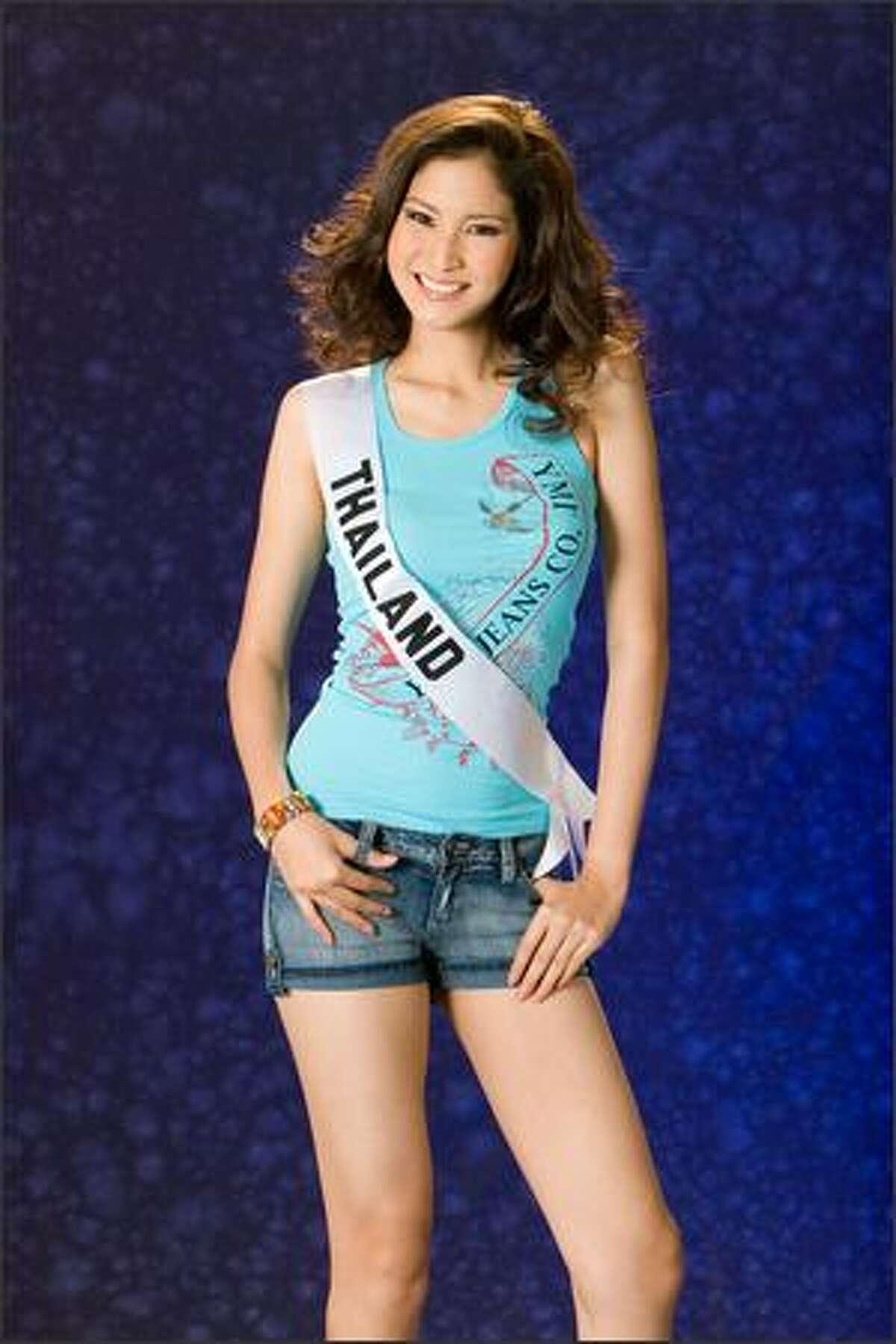 Farung Yuthithum, Miss Thailand 2007.