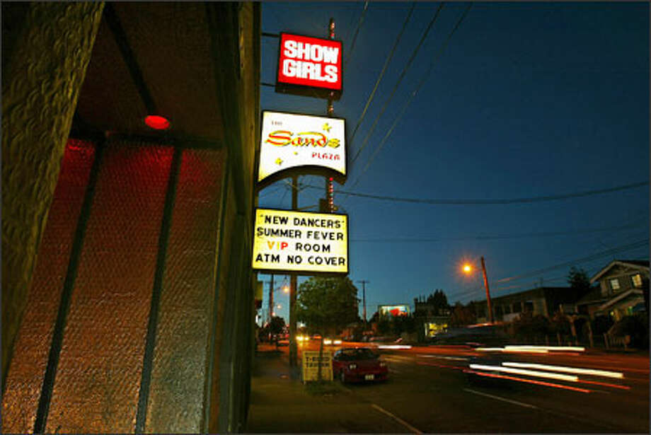 Kent wa strip bars