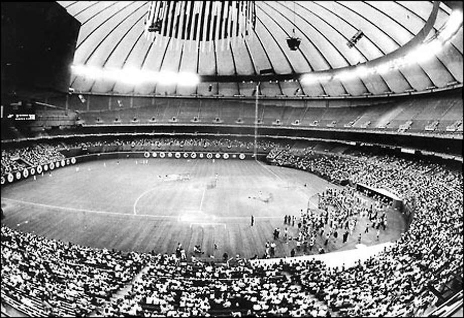 On the day before the 1979 All-Star Game, 10,000 fans showed up at the Kingdome to watch batting practice. Photo: Baseball Hall Of Fame