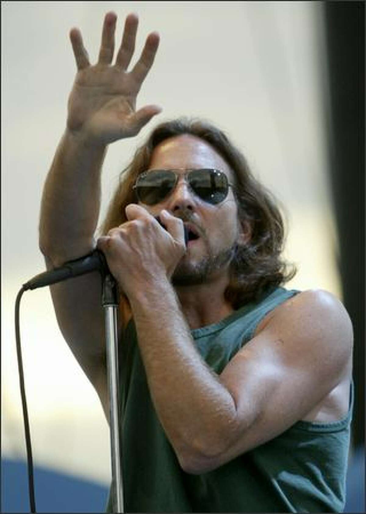 Eddie Vedder belts one out at the Gorge.