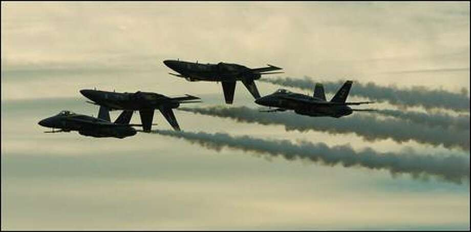 The Blue Angels; two up, two down. Photo: Meryl Schenker, Seattle Post-Intelligencer