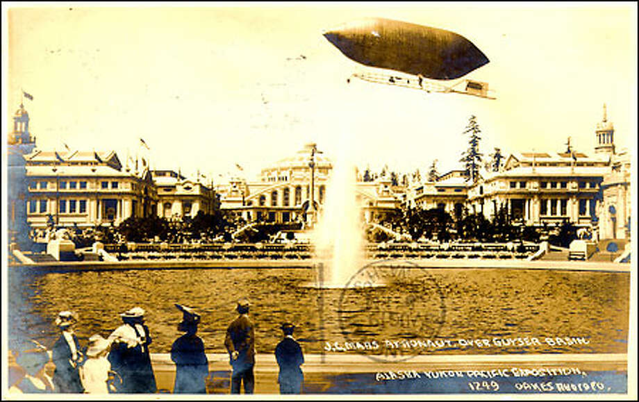 World's fair at UW, 1909: Seattle's first world's fair, the 1909 Alaska-Yukon-Pacific Exposition, was staged on the University of Washington campus to commemorate the city's growth since the Klondike Gold Rush. This postcard shows many of the elaborate buildings, seen across Geyser Basin, which later became known as Frosh Pond. A new geyser, Drumheller Fountain, was donated for the university's centennial celebration in 1961. Photo: Seattle Post-Intelligencer