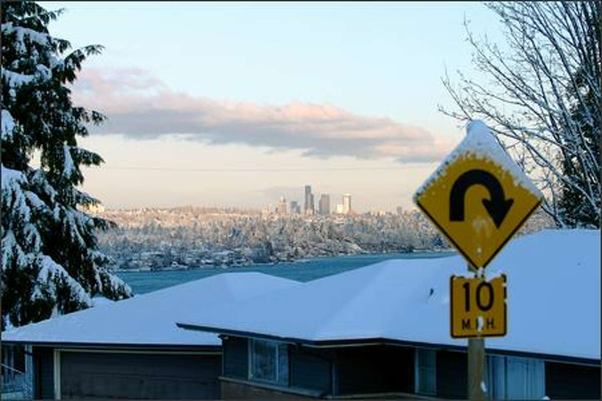 Lakeridge (1/11/07 morning). Photo of the Olympic mountains and downtown Seattle shot from (steep) Cornell Avenue South.(Joseph Songco)