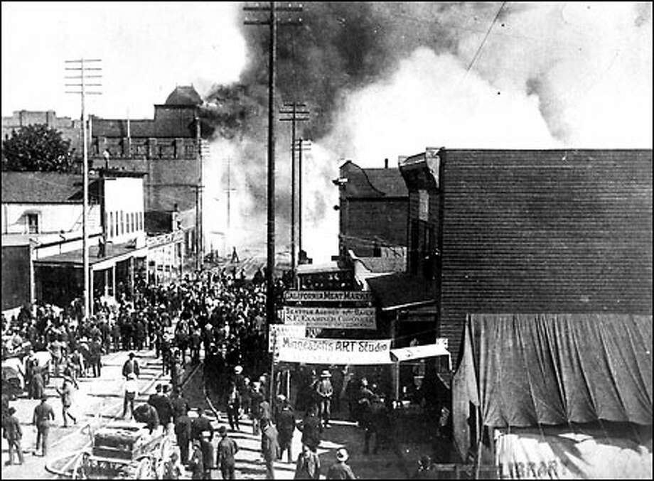 Beginning of the Great Seattle Fire, June 6, 1889: A fire started when a glue pot spilled in a carpentry shop, and the blaze quickly spread on June 6, 1889, destroying 29 square blocks including the entire business district. With no adequate water system to put it out, the city was helpless as flames engulfed railroad terminals and nearly all of the city's wharves. Photo: Seattle Post-Intelligencer