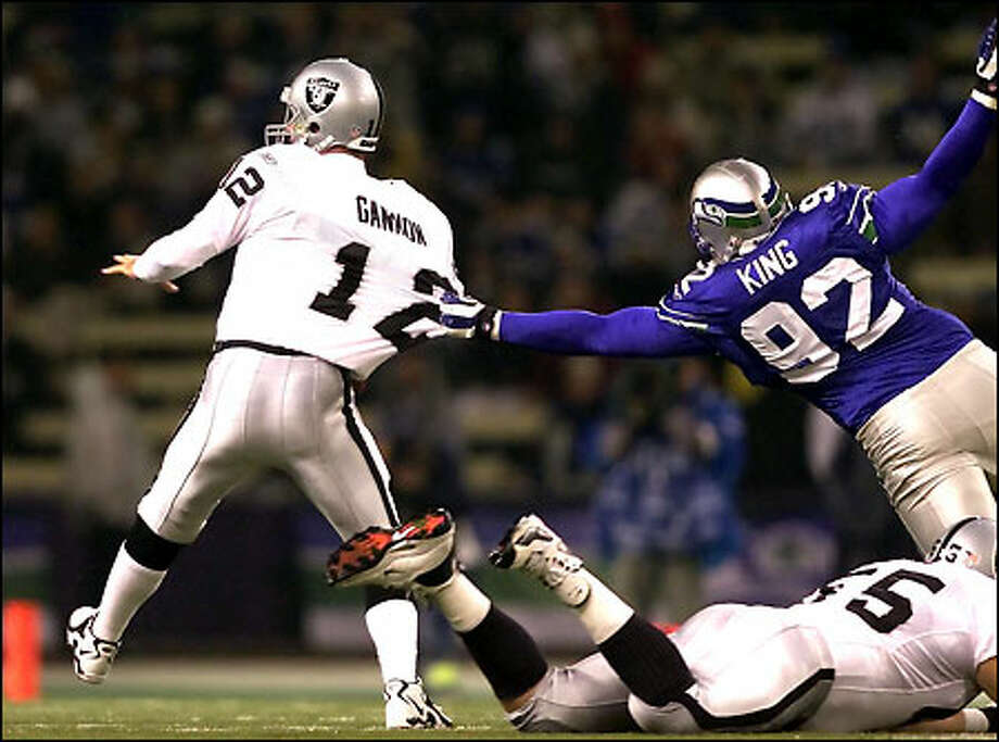 Lamar King -A first round pick in 1999 (22nd overall), King recorded just 94 tackles and 12 sacks over the span of 57 games (37 started) at the defensive end position during his 5-year tenure with the Seahawks. As ordinary a bust as you'll find on this list, no off field trouble, no career threatening injury, King simply underperformed for a first round pick. Photo: Mike Urban, Seattle Post-Intelligencer