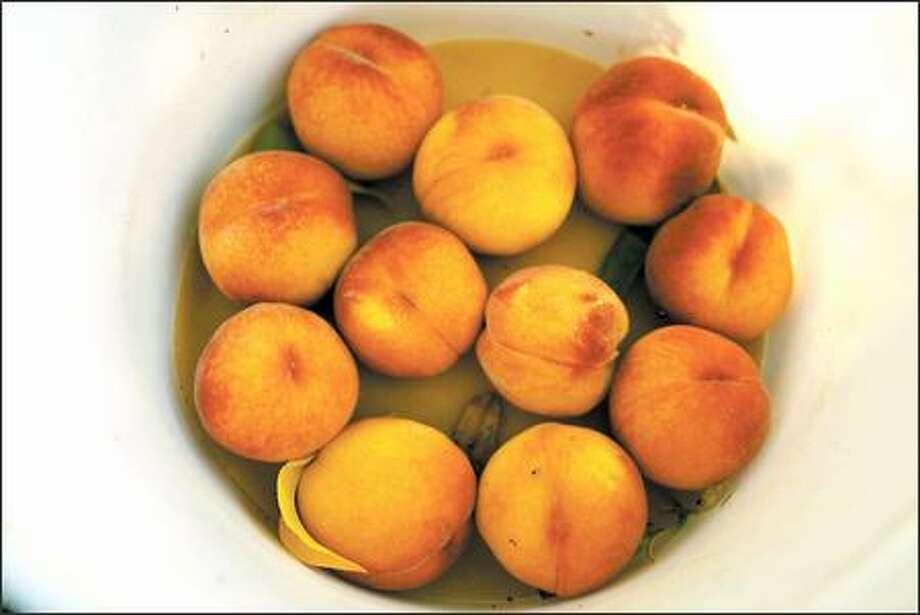 Organic peaches from Rama Farm. Photo: MIKE URBAN/P-I