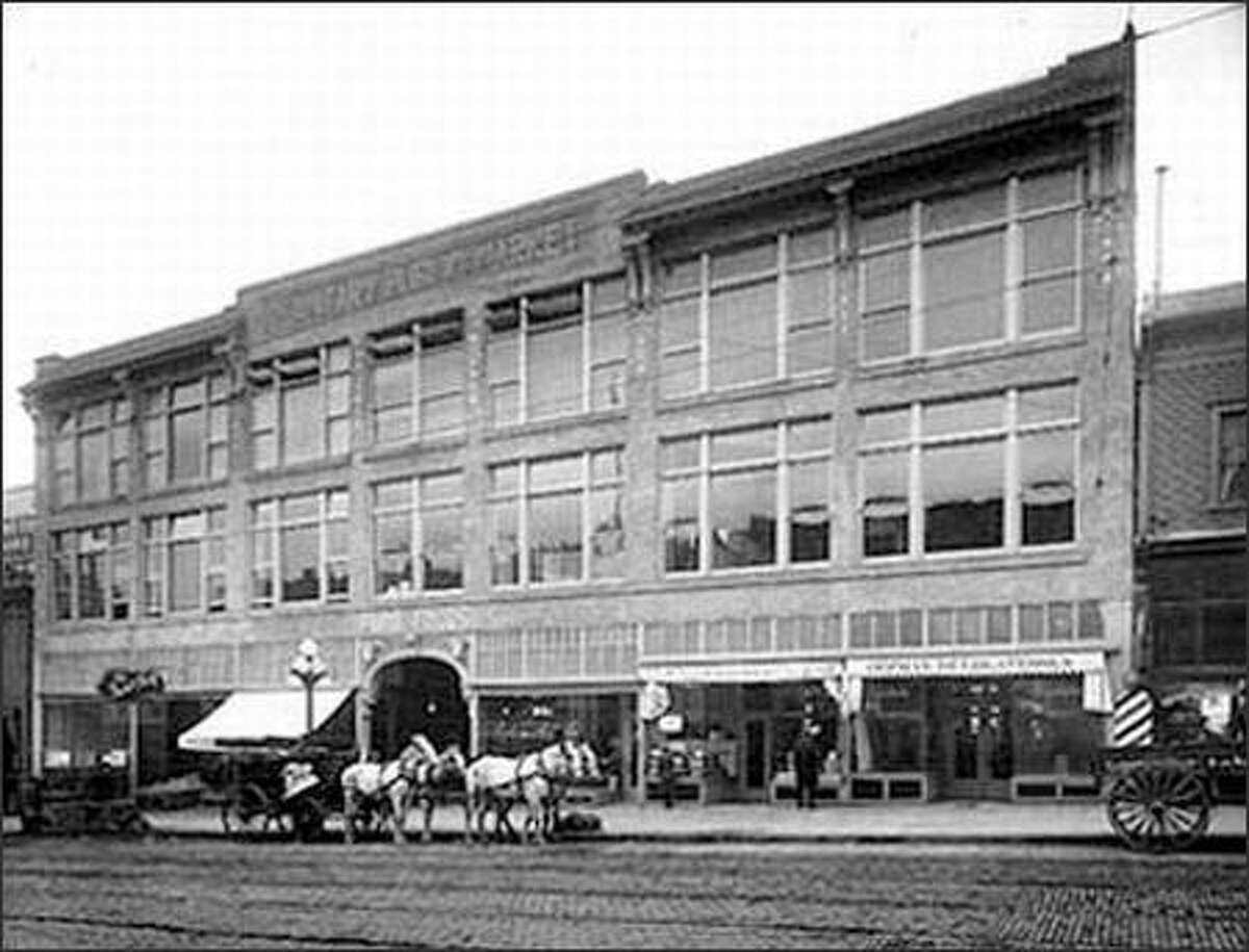 Seattle's Sanitary Public Market was built on First Avenue, near Pike Street, in 1909-1910. Some people said that the building got its name because horses were not allowed inside. The market building was destroyed by fire in 1941, and has since been rebuilt.