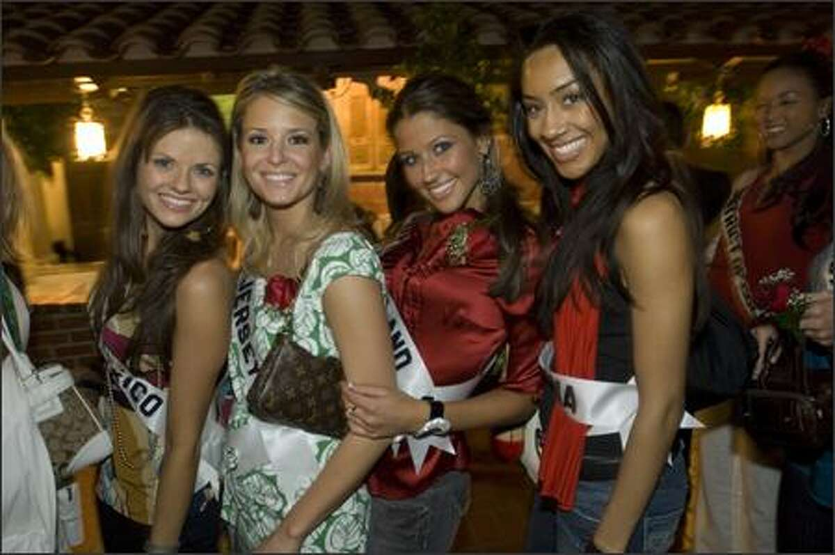 Casey Jean Messer, Miss New Mexico USA 2007; Erin Abrahamson, Miss New Jersey USA 2007; Danielle Lacourse, Miss Rhode Island USA 2007; and Samantha Carrie Johnson, Miss Pennsylvania USA 2007, on historic Olvera Street.