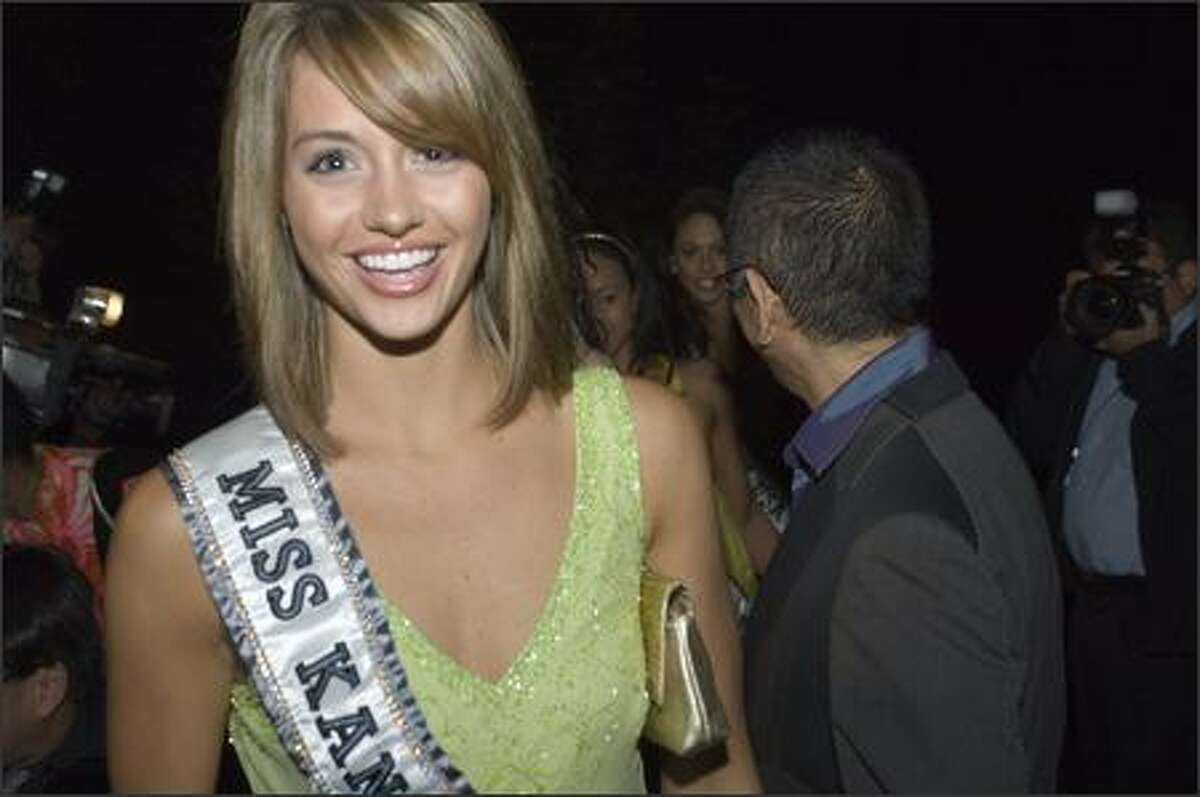 Cara Renee Gorges, Miss Kansas USA 2007, arrives at a reception at designer Tadashi's house in Pasadena, Calif., on March 10.
